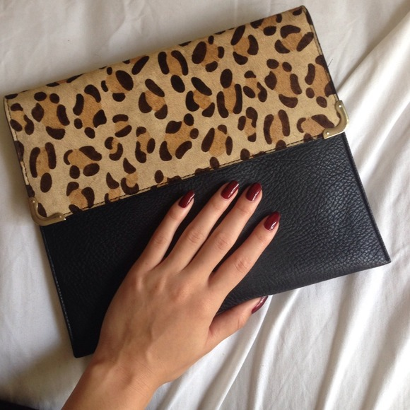 102214_wishlist wed_clutch