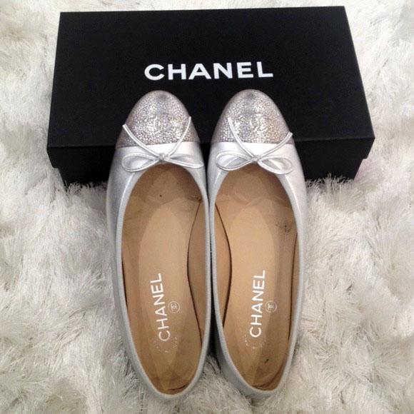 120514_chanel boutique_flats