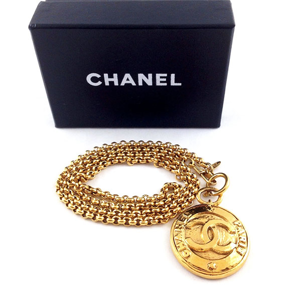 120514_chanel boutique_jewelry
